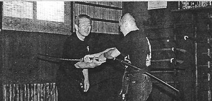 Technique contre un Katana, hatsumi, hombu dojo, bujinkan, bujinkan paris, ninja, ninjutsu