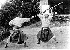 Takamatsu Sensei avec Ishitani Matsutaro Sensei, ninjas, ninja, nin jutsu, ninjutsu paris, nin jutsu paris, bujinkan, bujinkan paris, ninja paris