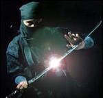 Ninja avec un sabre, hombu dojo, koto ryu, gyokko ryu, ninja, ninjas, bujinkan, bujinkan paris, ninja paris, ninjutsu paris, nin jutsu paris